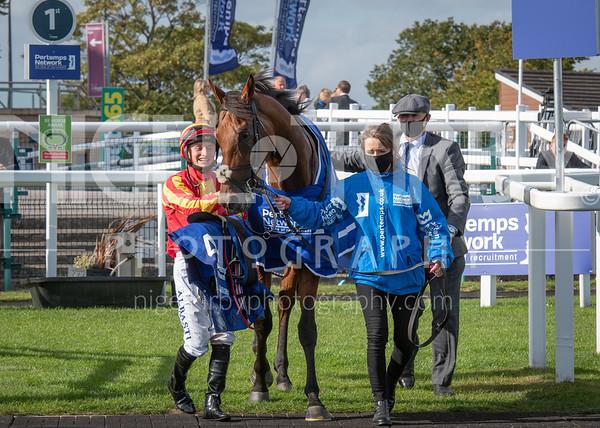 Race 5 - The St Leger - Galileo Chrome