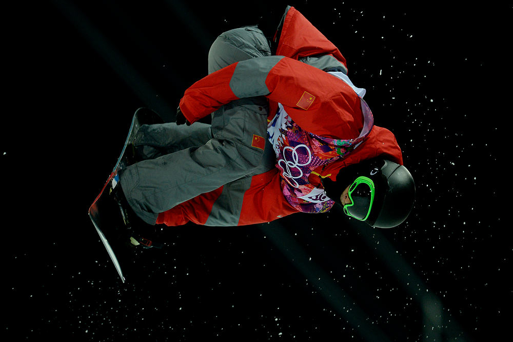 . China\'s Yiwei Zhang rides during the men\'s snowboard halfpipe final. Sochi 2014 Winter Olympics on Tuesday, February 11, 2014. (Photo by AAron Ontiveroz/The Denver Post)