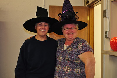 2016-10-24 Lamplighters Halloween Party