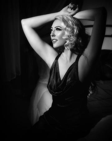 Ophelia Pop Tart - Boudoir Noir