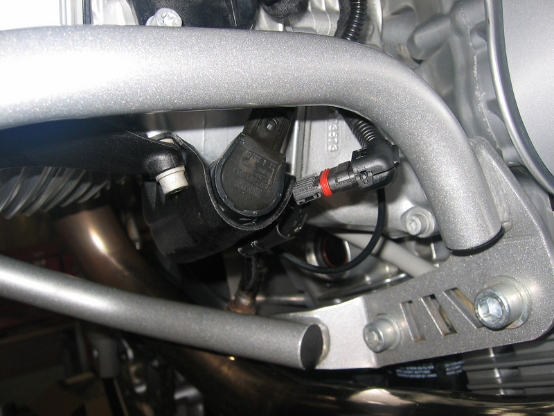 See here for R1200GS PCIII installation instructions: 