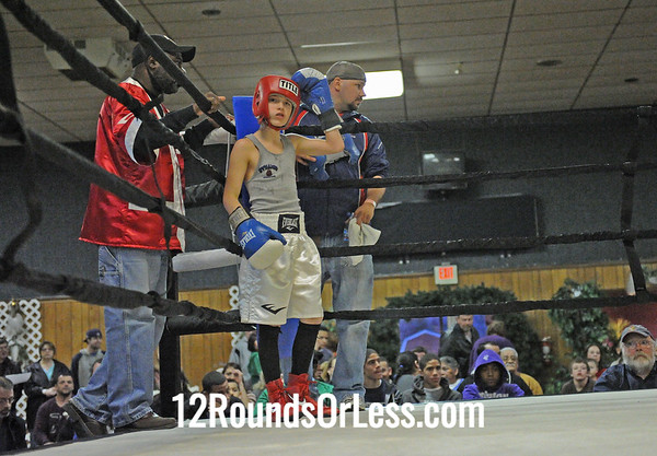 Shamar Midgett (Defiance) vs David Fectau (Detroit)  Junior Division  (Bout #2)
