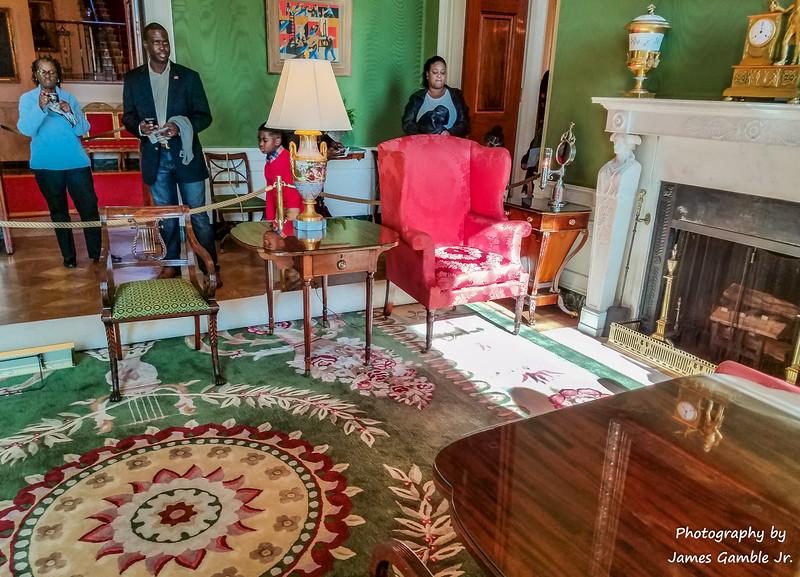White-House-Tour-120018.jpg