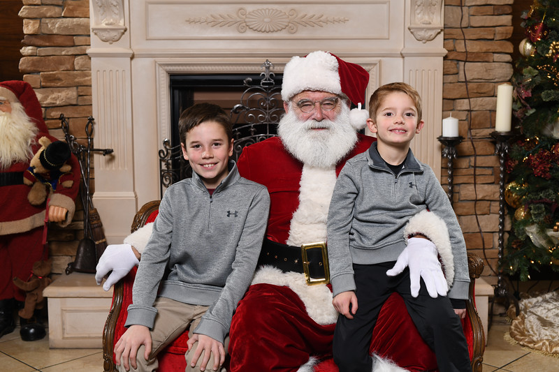 Santa2018.TylerBoye.-37.jpg