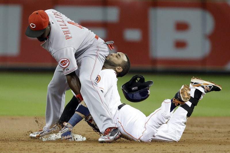 ". <p>1. HOUSTON ASTROS <p>Another 100-loss season? That�s worse than a face full of buttocks. (unranked) <p><b><a href=\'http://www.click2houston.com/news/awkward-end-to-play-with-astros-butt-slide/-/1735978/21995136/-/ov8j8p/-/index.html\' target=""_blank\""> HUH?</a></b> <p>   <p>OTHERS RECEIVING VOTES <p> Ryan Clady, Ty Warner, Matt Harvey, Antonio Brown and Todd Haley, Grand Theft Auto V, �The Shining� opera, Joe Biden, Bo Pelini, CBS News & NBC News, Prince Harry, Lady Gaga, Costa Concordia, Penthouse magazine, Chip Kelly, Los Angeles Police Department, Floyd Mayweather, William Daley, Miss America, Jerry Seinfeld, Jacksonville Jaguars, holy water, Costa Concordia, Mack Brown, ASAC Hank Schrader. <p> (AP Photo/Pat Sullivan) <br><p>Follow Kevin Cusick on <a href=\'http://twitter.com/theloopnow\'>twitter.com/theloopnow</a>."