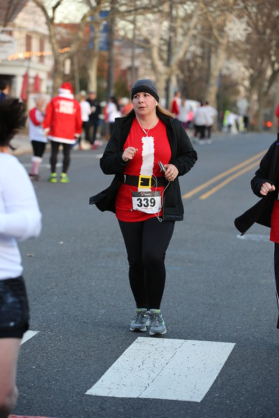 Toms River Police Jingle Bell Race 2015 - 01212.JPG