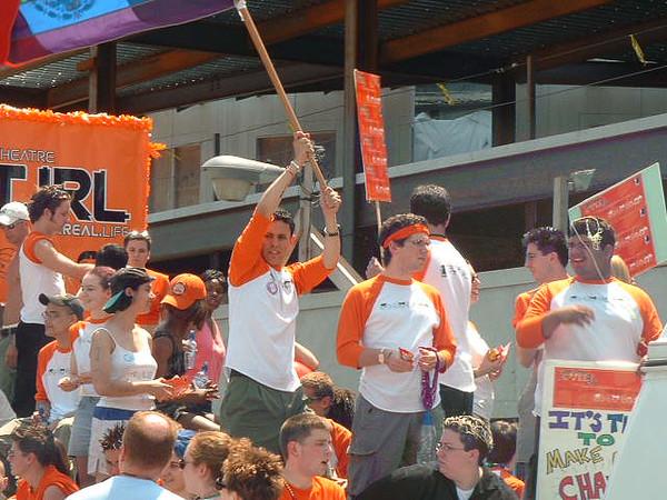 Pride Parade 2001-28-1.jpg