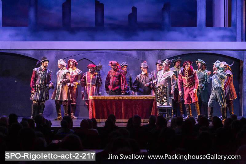 SPO-Rigoletto-act-2-217.jpg