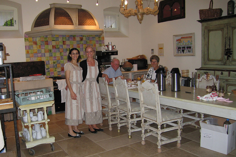 Chateau's kitchen and staff