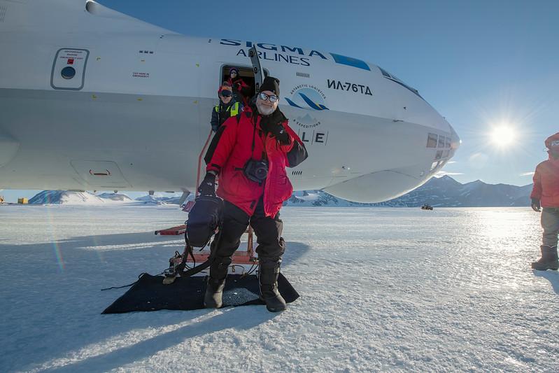 Punta IL76 Union Glacier -1-2-18070818.jpg