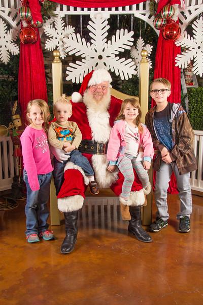 Santa 12-16-17-291.jpg