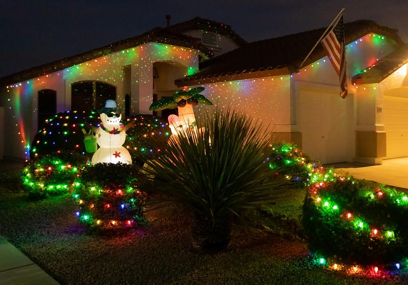 Phoenix Adobe Highlands Neighborhood Lights December 24, 2018  08.jpg
