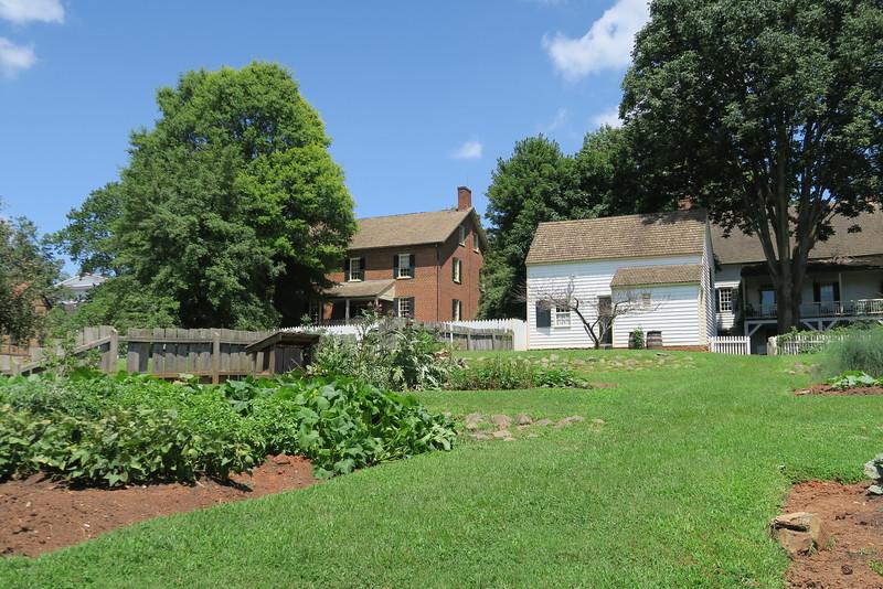 Leinbach House Garden (ca. 1822)