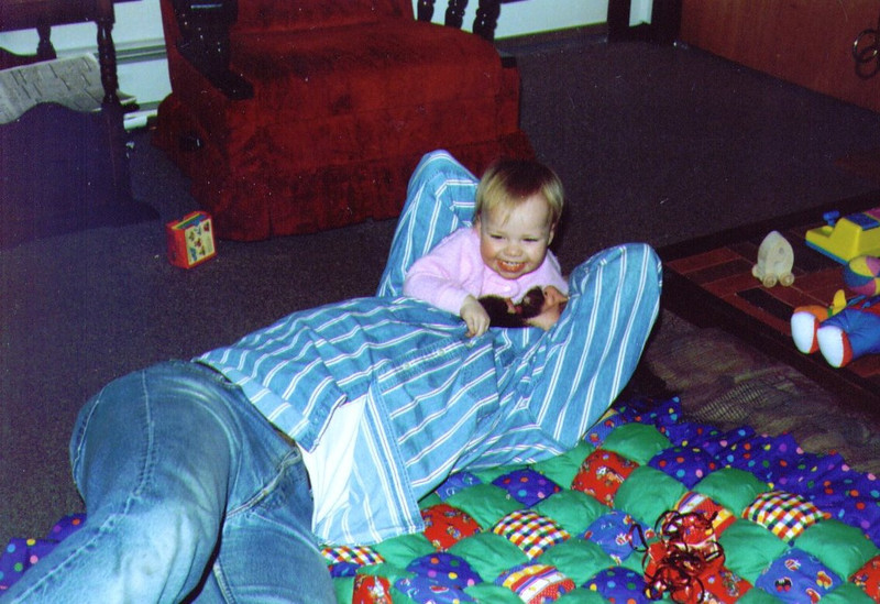 Alina & Dave, Christmas Morninf, 12-25-1993 .jpg