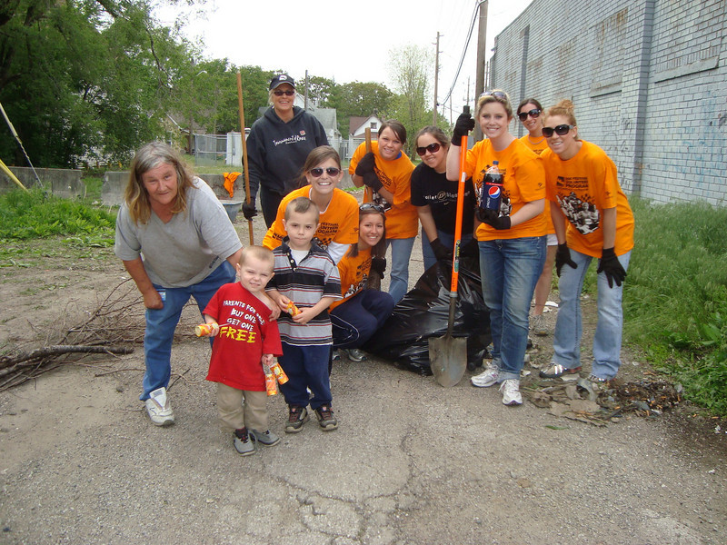 10 05-10  Volunteers working on Martinez renovation. Jeff Cardwell