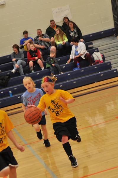 koc-basketball-bees-0019-2331109392-O.jpg