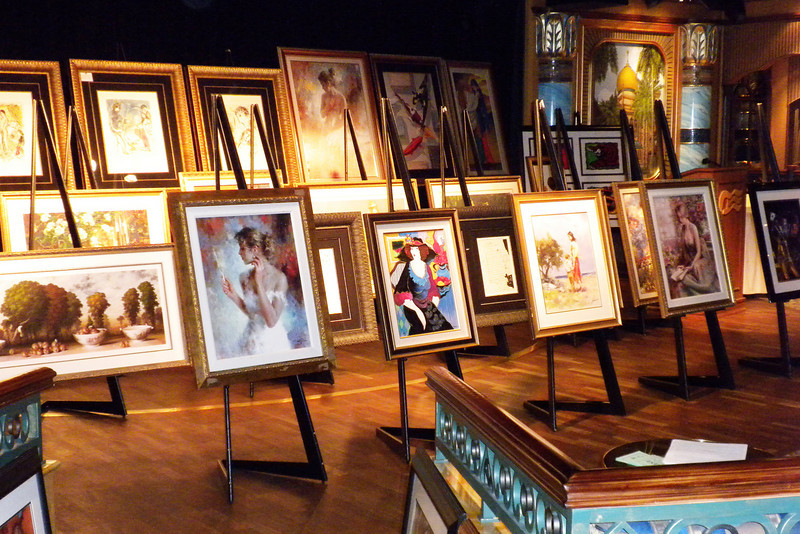 Art Auction in the Explorers lounge