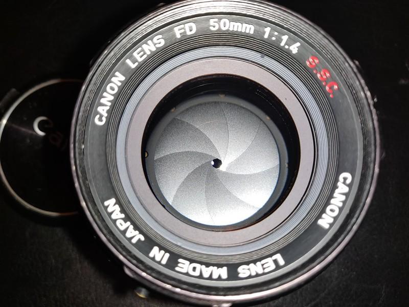 Canon FD 50 mm 1.4 S.S.C. - Serial R1116 & 1213570 007.jpg