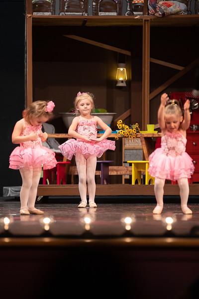 Dance Productions Recital 2019-202.jpg