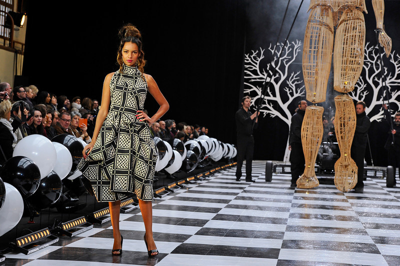 . A model presents a creation as part of Franck Sorbier\'s Spring-Summer 2014 Haute Couture fashion collection, presented Wednesday, Jan. 22, 2014 in Paris. (AP Photo/Zacharie Scheurer)