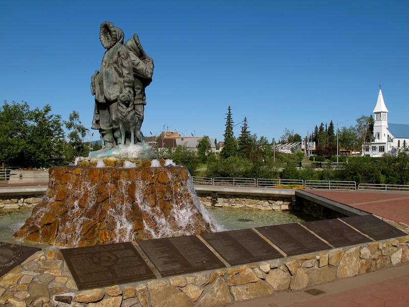 Inuit Statue