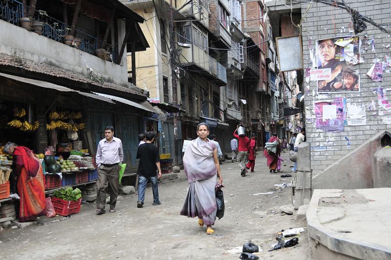 080523 3156 Nepal - Kathmandu - Temples and Local People _E _I ~R ~L.JPG
