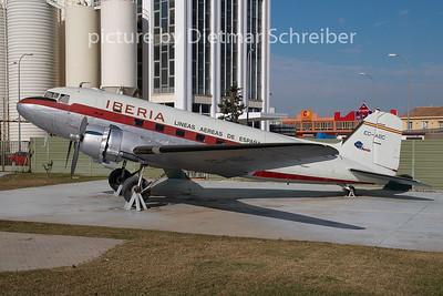 EC-CPO Douglas DC3