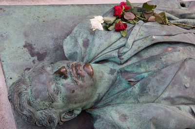 Tomb of Victor Noir