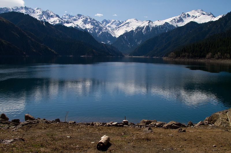 האגם השמימי