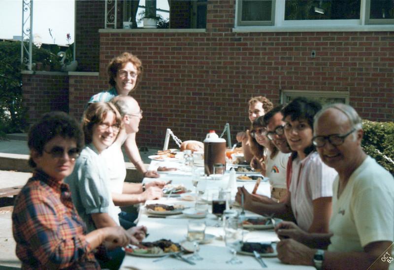 1983 Elaine, Ken, Viv, Butch, Teri Cathy.jpeg