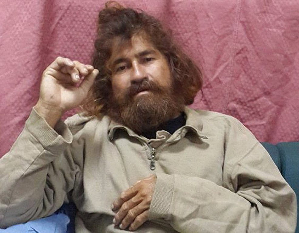 ". <p>7. (tie) JOSE SALVADOR ALVARENGA <p>If we had to guess, we�d say this castaway�s tale is a steaming pile of B.S. (unranked) <p><b><a href=\'http://mashable.com/2014/02/04/pacific-ocean-castaway/\' target=""_blank\""> HUH?</a></b> <p>    (AP Photo/Foreign Affairs Department The Marshall Islands, Gee Bing)"
