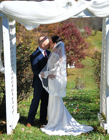 Pleasant Hill Farm Weddings