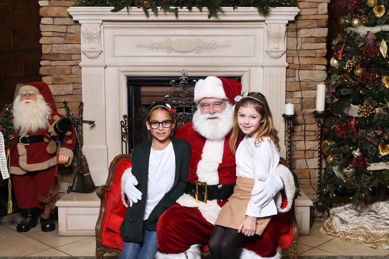 Santa2018.TylerBoye.-12.jpg