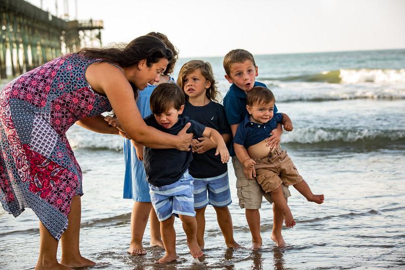 Family beach photos-111.jpg