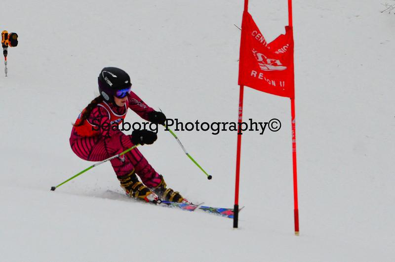 GS 1st race U16 Girls & Older 1st run-9543.jpg
