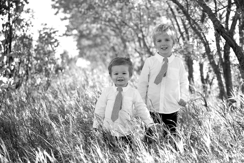 12bw Jacob+Wyatt | Nicole Marie Photography.jpg