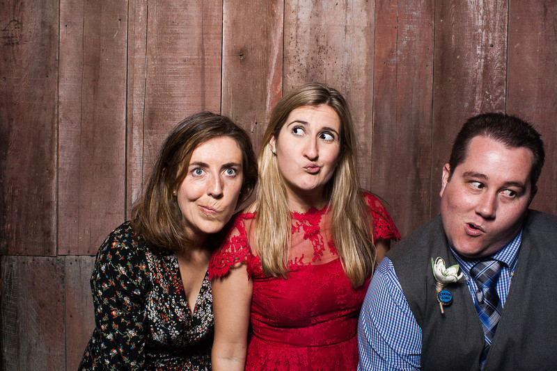 KatieTylerWeddingPhotobooth-0462.jpg