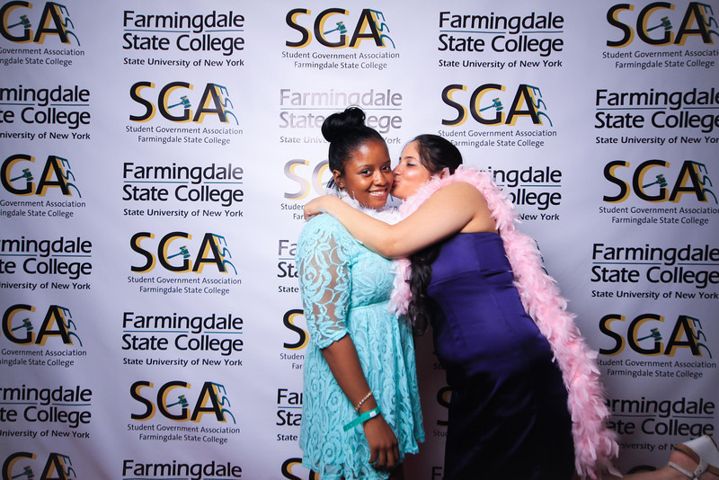 Farmingdale SGA-225.jpg