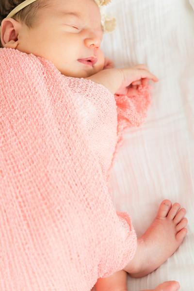 Mila Newborn-139.jpg