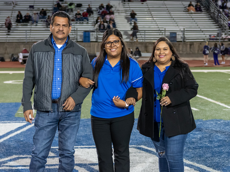 LV2019_SeniorNight-44.jpg