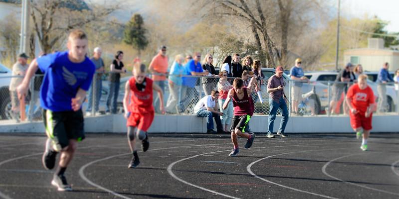 Middle School Track Meets 2017-465.jpg
