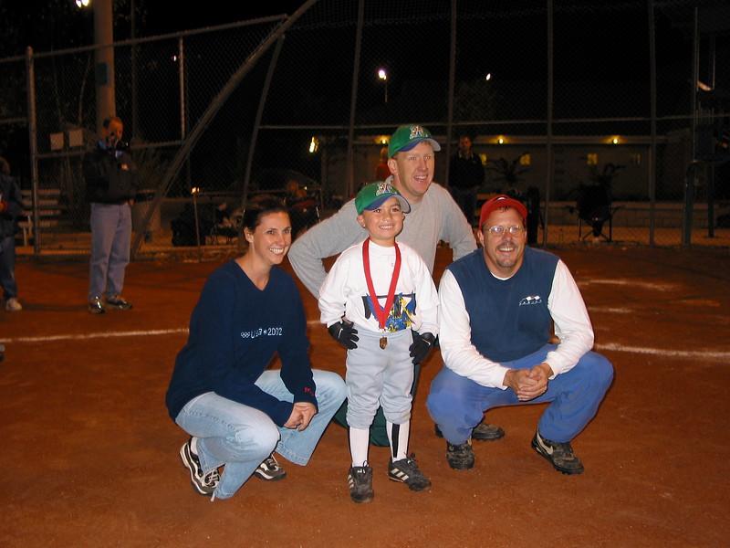 t-ball 2003-15.JPG