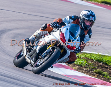 Motorcycles on Track (Fri & Sun)