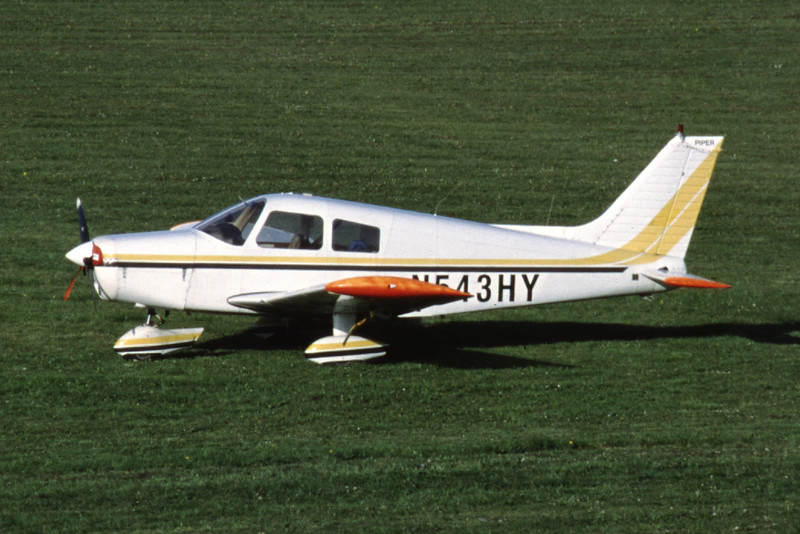N543HY-PiperPA-28-140Cherokee-Private-EKSB-2002-05-19-LL-49-KBVPCollection.jpg
