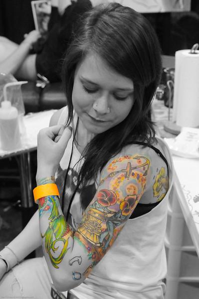 Nicole flexing the sleeve