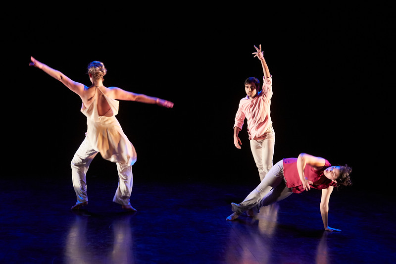 Kizuna Dance Tech Rehearsal238.jpg
