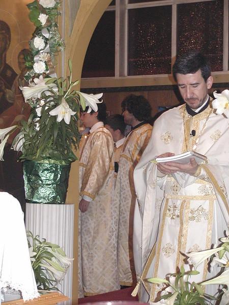 2006-04-21-Holy-Week_019.jpg