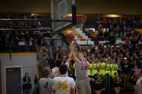 2014 MHS BOYS BB @ SOUTH UMPQUA