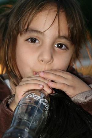 H 12-07 Buenos Aires & Cordoba, Argentina - Coke & McDonalds