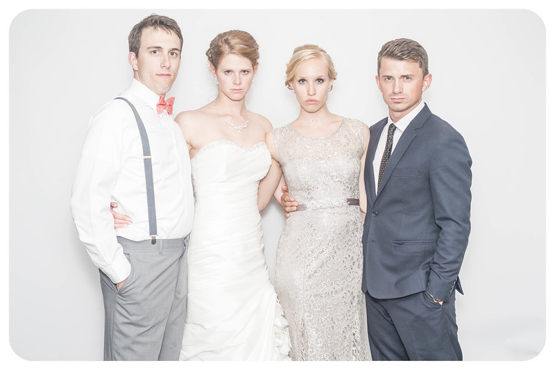 Laura+Ross-Wedding-Photobooth-217.jpg